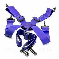 Rugkruisband en heupriem voor gebruik in combinatie met steekschorten